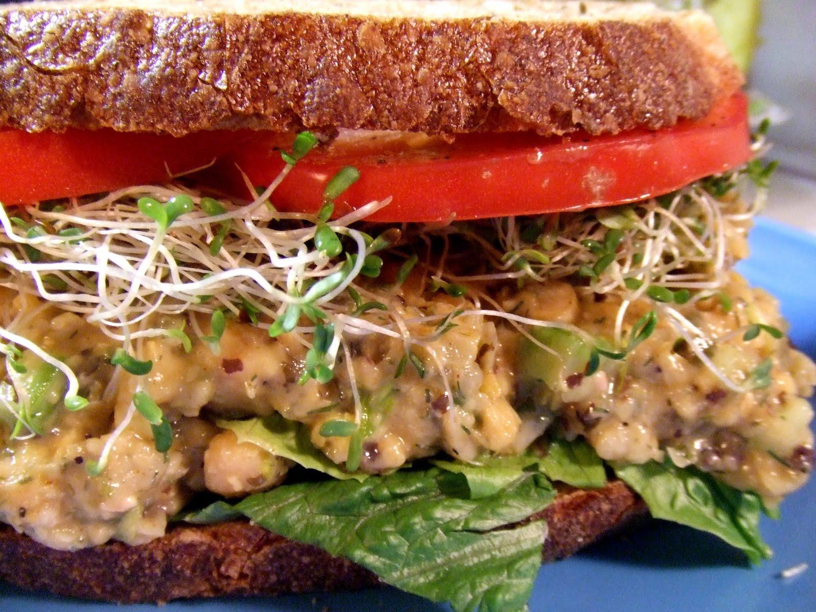 Chickpea 'Tuna' Salad Sandwich [Vegan]